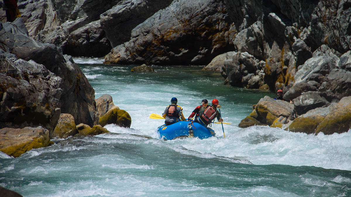 Rafting Oregon Hole Gorge on California's Smith River