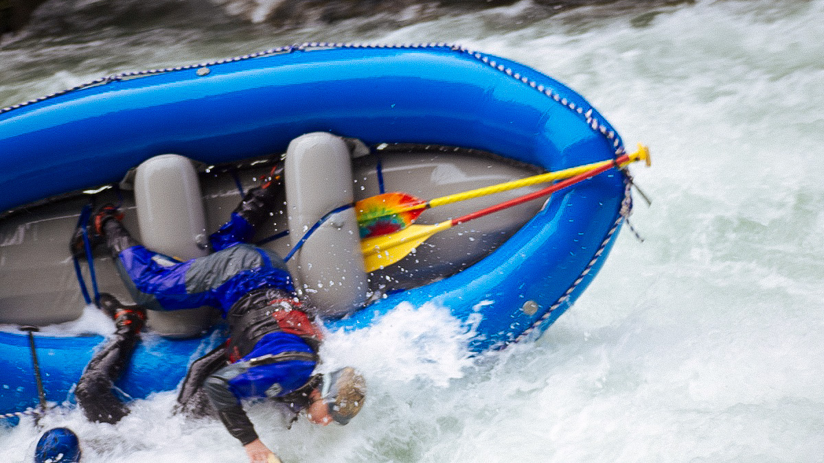 Raft Racing on the Wind River